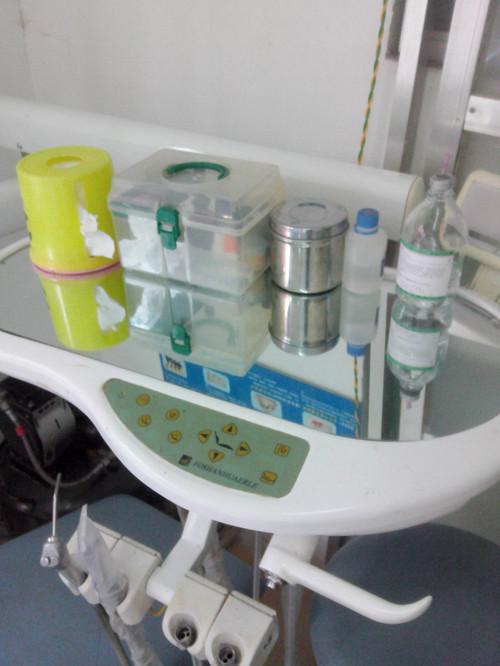 转让成套牙科设备 <br&gt 二手  价格:4200 <br> <img src=http://p.kqzp.cn/img/up/img/2014211221759.jpg width=150 &gt
